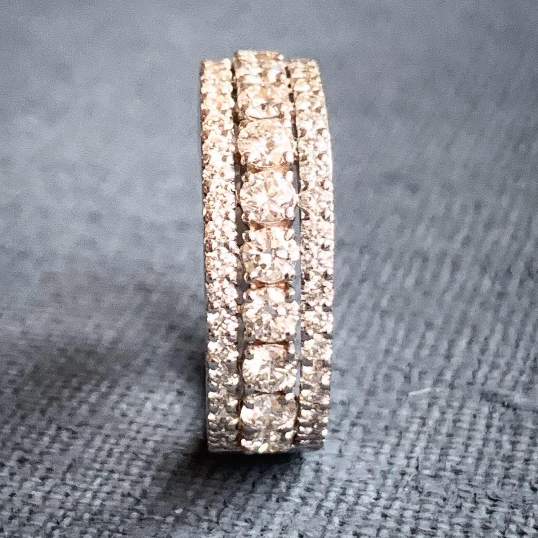 Eternity ring, with 3 bangs of brilliant cut diamonds