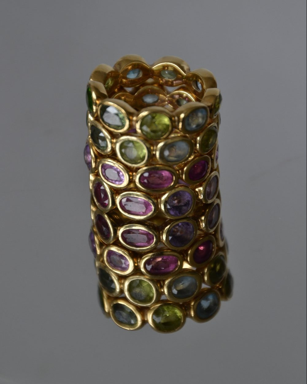 Bubble rings with mixed gemstones
