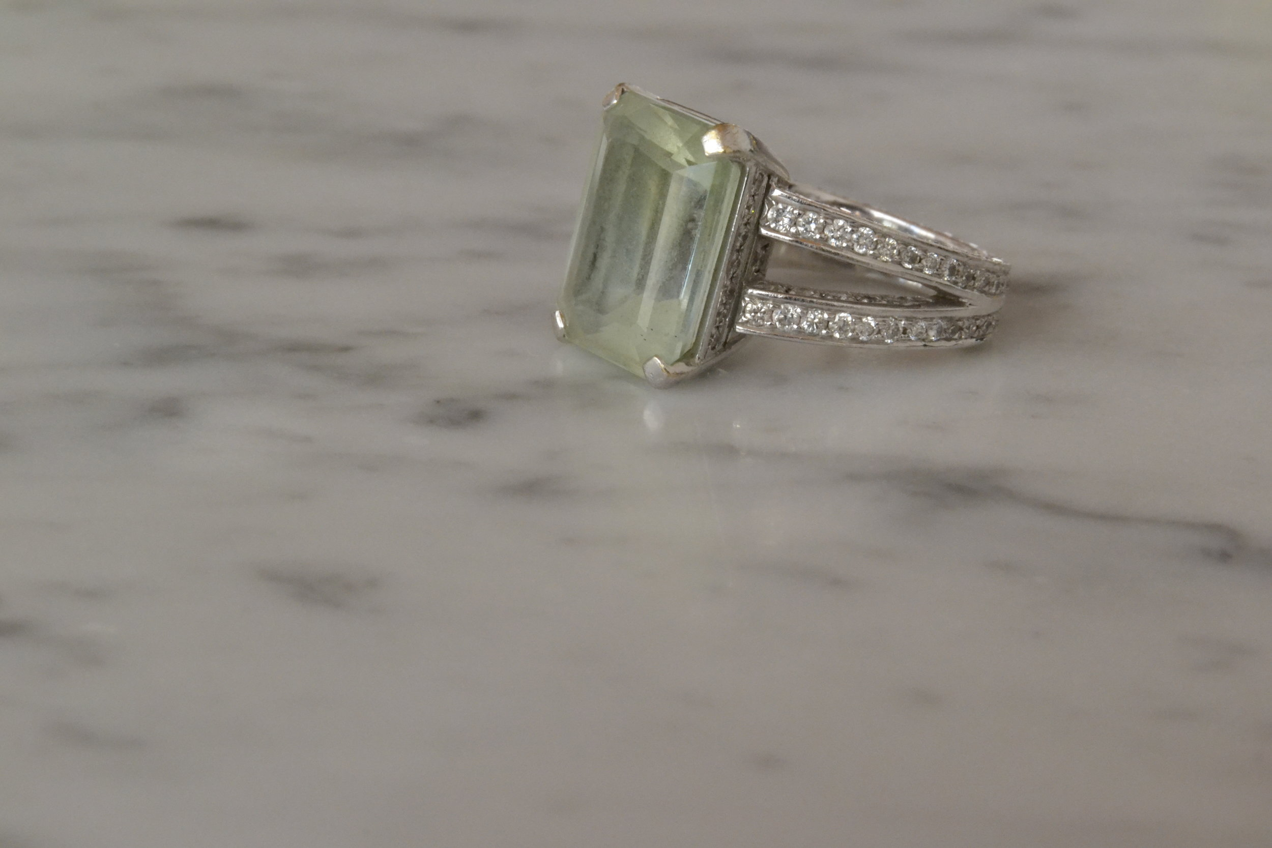 10 carat untreated aquamarine set in white gold with diamonds