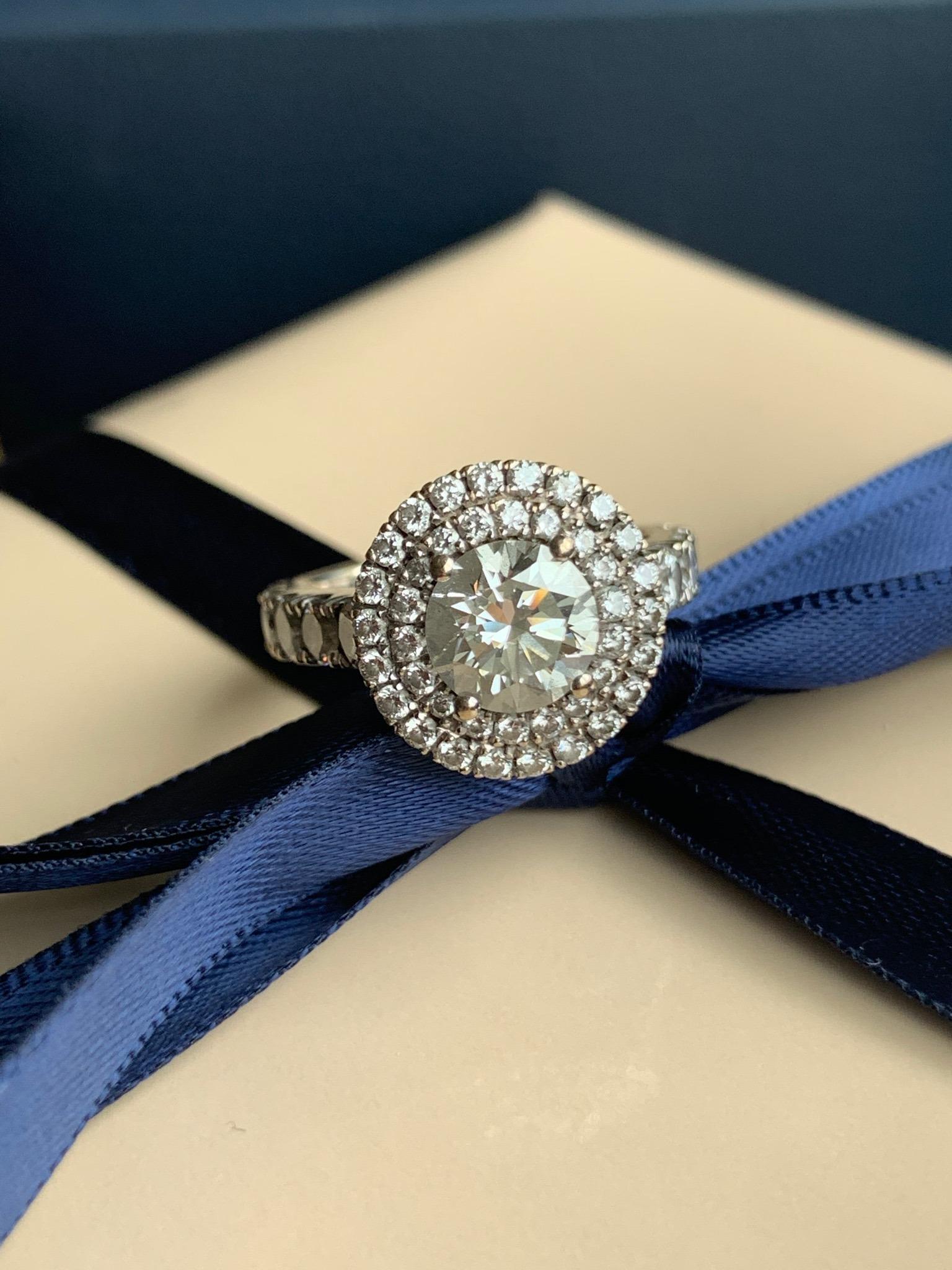2 carat brilliant cut diamond set with double halo